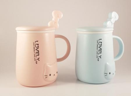 Cana ceramica cu lingurita si capac, LOVELY, 350 ml2