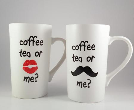 Cana ceramica COFFEE TEA ROSU 450ml1