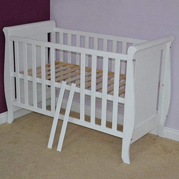 Patut copii din lemn Hubners Mira 120x60 cm alb cu sertar 2
