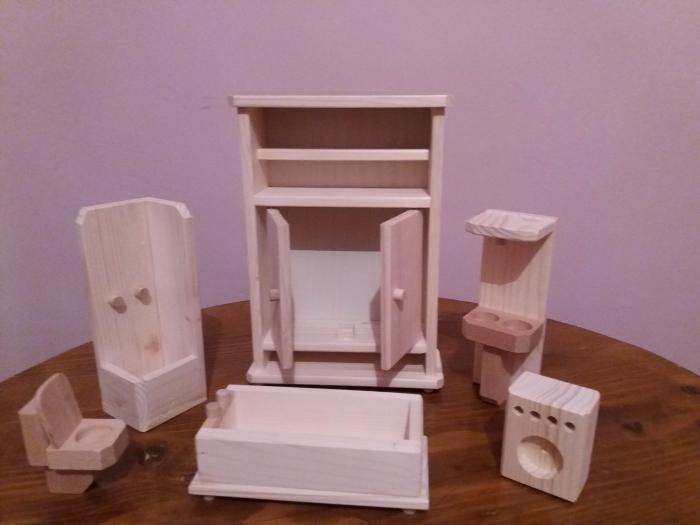 Set mobilier de baie din lemn natur pentru papusi [3]