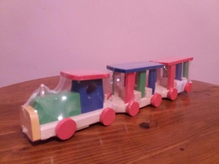 Tren din lemn pt animale 0