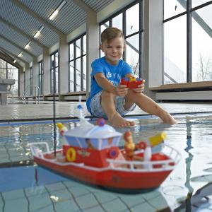 Barca Dickie Toys Fireman Sam Titan cu telecomanda si figurina Sam5
