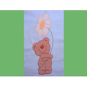 Lenjerie patut cu broderie Hubners Ursuletul Florar 4 piese verde [1]