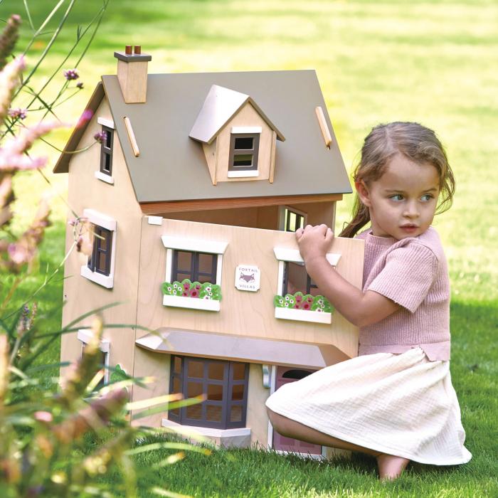 Căsuță urbană de păpuși , din lemn premium Foxtail Villa - include 12 componente de mobilă , din lemn premium - Tender Leaf Toys [1]