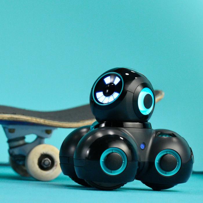 CUE - Robot inteligent programabil - Inteligență artificială 1