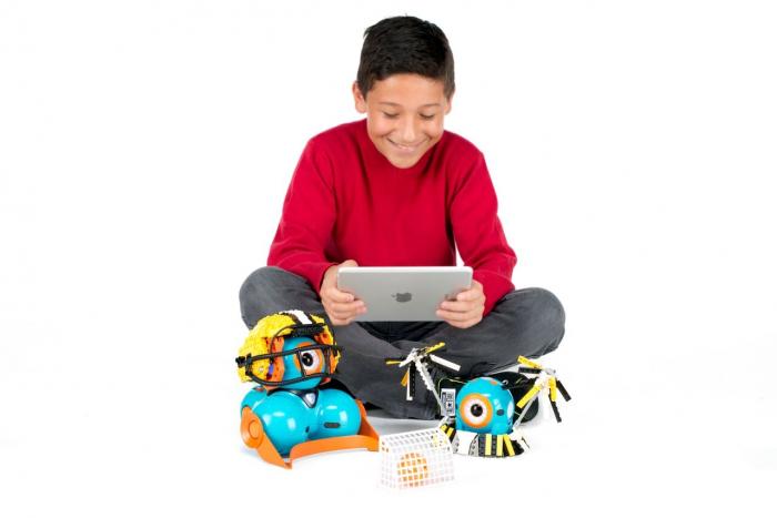 DASH & DOT - kit de super roboți pentru copii 2