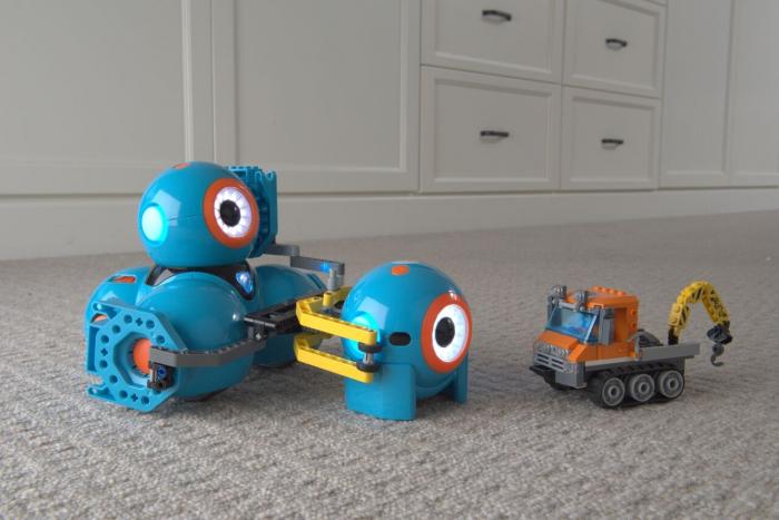DASH & DOT - kit de super roboți pentru copii 6
