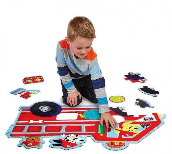 Firetruck pups puzzle - Mașina de pompieri, puzzle mare de podea 1