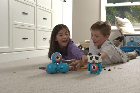 DASH & DOT - kit de super roboți pentru copii3