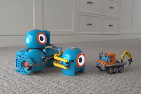 DASH & DOT - kit de super roboți pentru copii6