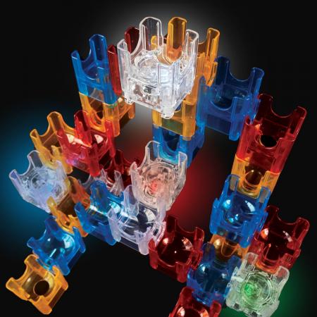 Q-BA-MAZE  2.0: Starter Lights, joc de construcție cu bile și cuburi luminoase2