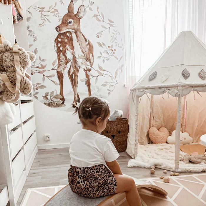 Autocolant Camera Copii Cerc Bambi [4]