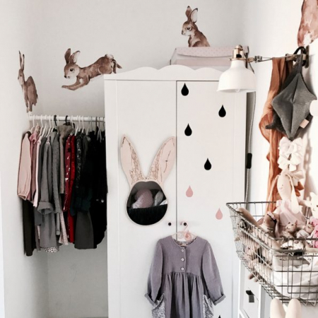 Set autocolante pentru camera copiilor Happy Rabbits Wonderland [7]