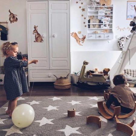 Set autocolante pentru camera copiilor Happy Rabbits Wonderland [2]