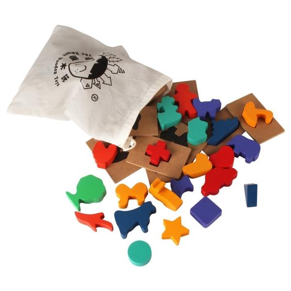 Puzzle din lemn Blocuri colorate si decupaje Pigloo 7