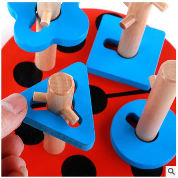Joc din lemn 4 coloane sortator Buburuza [6]