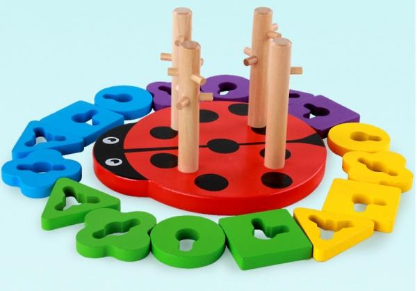 Joc din lemn 4 coloane sortator Buburuza [4]