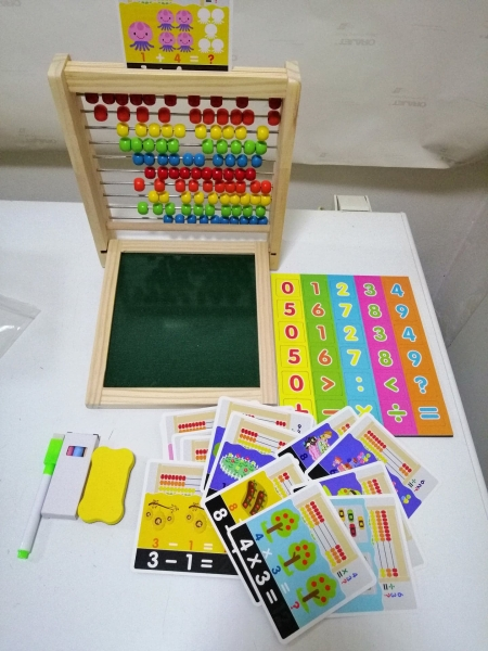 Abac cu tabla cu 2 fete din lemn cu accesorii 4 in 1 12