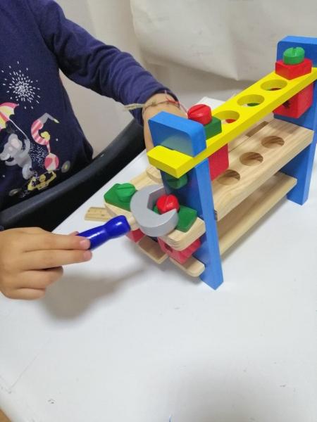 Banc de scule din lemn pentru copii 5