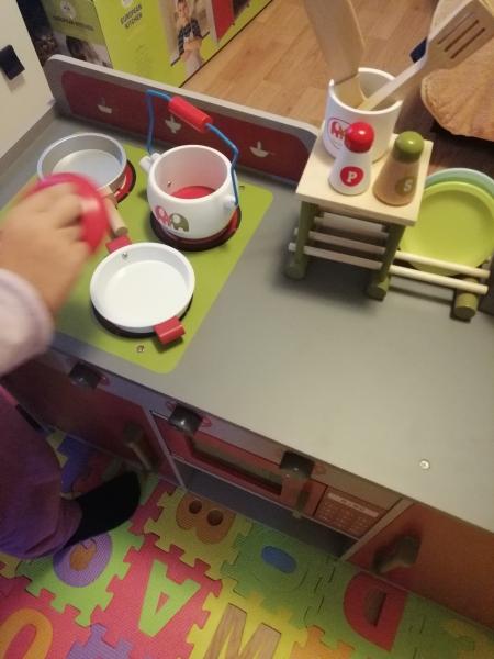 Bucatarie de lemn copii Dubla European Kitchen  cu accesorii 20