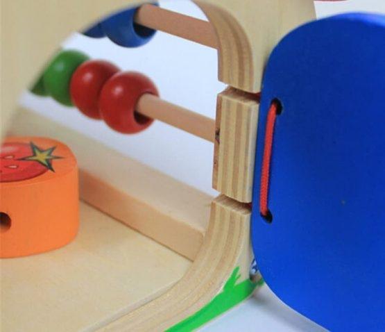 Casuta educativa din lemn cu 5 activitati 2