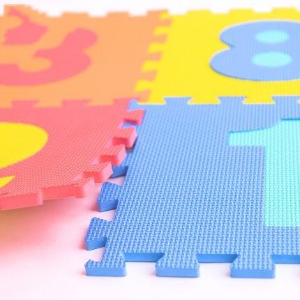 Covoras puzzle cu cifre pentru copii 0