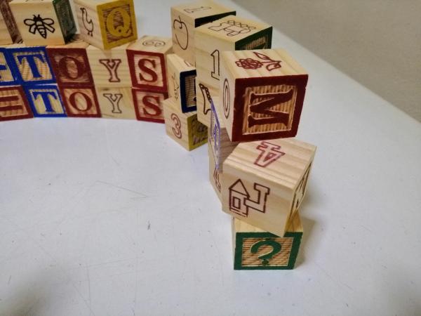 Cuburi lemn Abc Litere si imagini 1