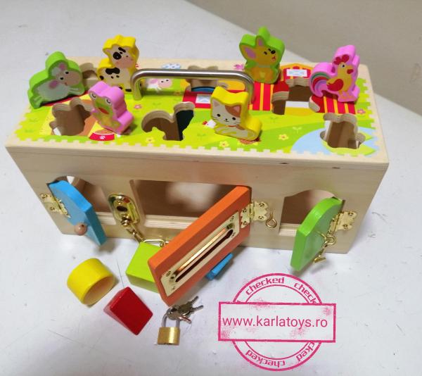 Cutia incuie si deschuie din lemn cu forme si animale - Joc montessori Cutia cu incuietori 1