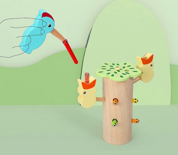 Joc de lemn Dexteritate Magnetic Copacul cu Pui 5