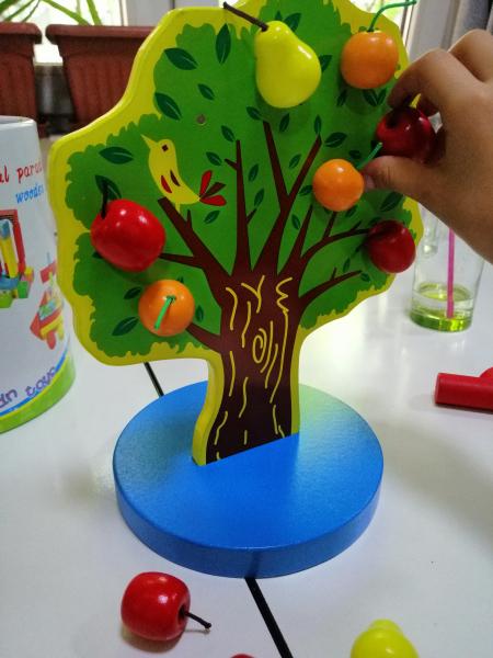 Joc de Lemn Montessori Pomul cu Mere - Apple Tree 5