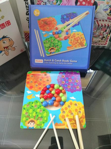 Joc de Lemn Montessori Sortator culori Pomul Fructifer 4