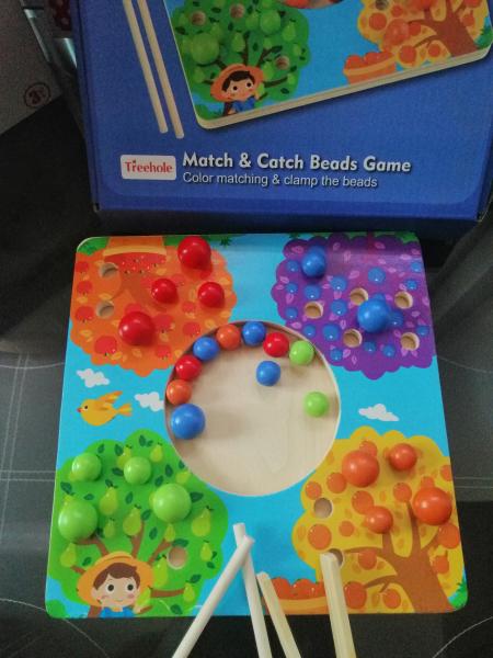 Joc de Lemn Montessori Sortator culori Pomul Fructifer 6