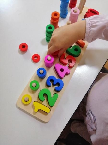 Joc din lemn cu cifre educativ [5]