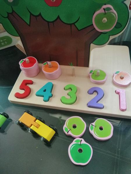 Joc din Lemn Pomul Multifunctional, Pista, Cifre si Fructe 7