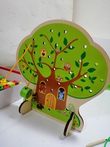 Jucarie de lemn snuruit Copacul - Anotimurile cu margele si fructe 9