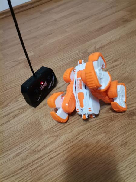 Masinuta cu telecomanda 360 grade copii Storm Stunt 3