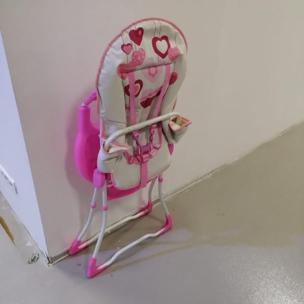 Masuta de mancat bebe cu imprimeu colorat Baby Care 1