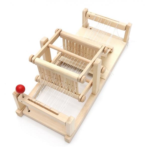 Jucarie de Tesut pentru copii din lemn 4
