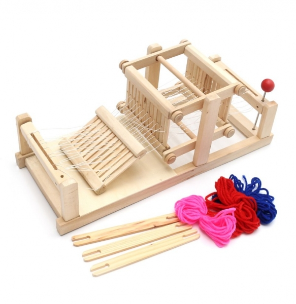 Jucarie de Tesut pentru copii din lemn 1