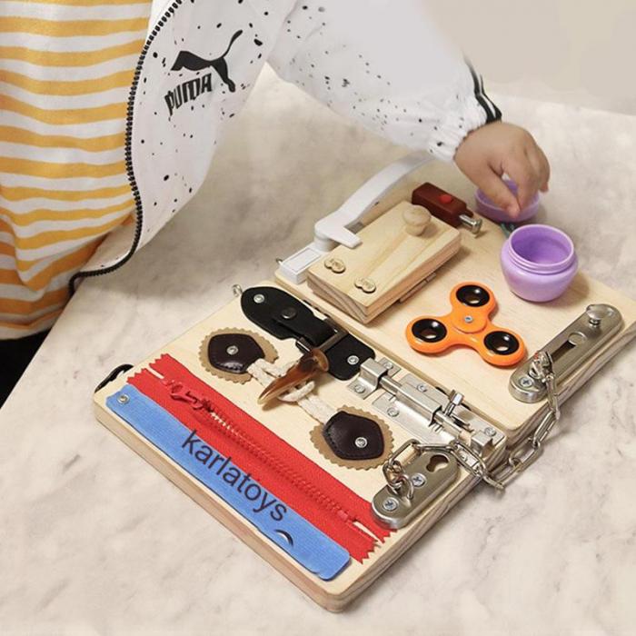Placa senzoriala Montessori incuietori Busy Board [1]