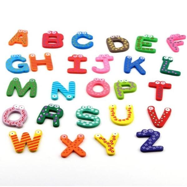 Set de Litere Magnetice din lemn Alfabetul 26 piese 5