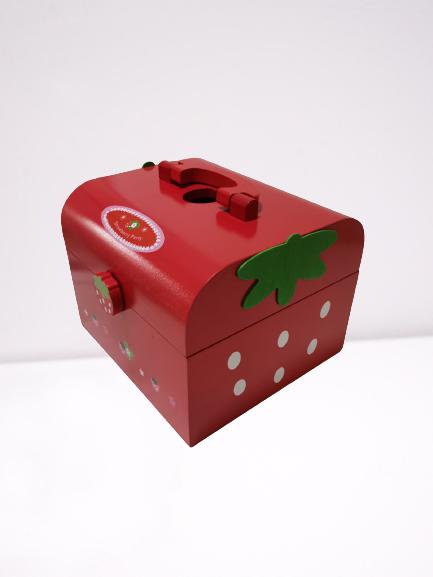 Set joc lemn Cutia de picnic Capsuni 8