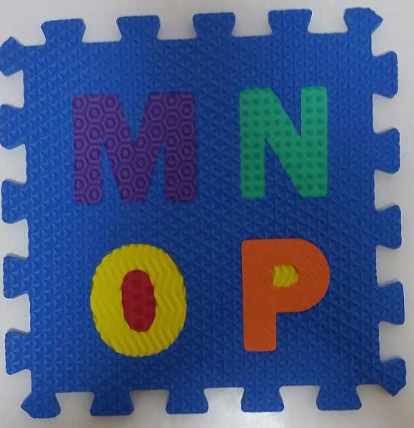 Set puzzel 10 piese cifre si litere - Covoras puzzle Litere si Cifre 5