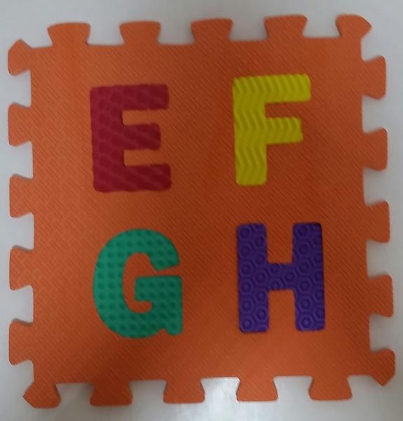 Set puzzel 10 piese cifre si litere - Covoras puzzle Litere si Cifre 3