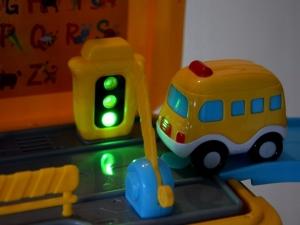 Masinuta 3 in 1 Funny Bus Parcare5