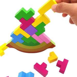 Joc echilibru din lemn Tetris Curcubeu1