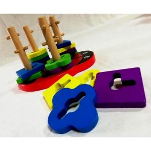 Joc din lemn 4 coloane sortator Buburuza [1]