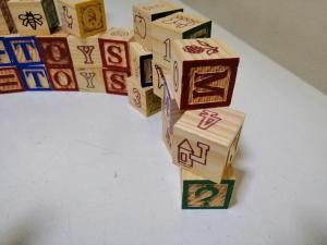 Cuburi Lemn Abc Litere si imagini1