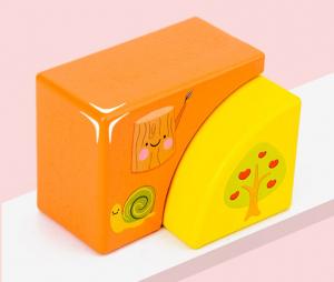 Set Cuburi de constructie cu animale din lemn cu cutie1