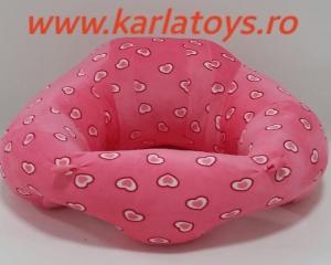 Fotoliu din plus bebe Sit Up  colorate roz cu inimioare3